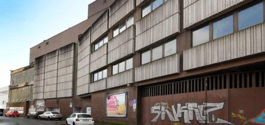 Noch sieht man dem ehemaligen Hertie-Kaufhaus von Aufbruchstimmung nichts an. Die Fassadenelemente sollen demnächst verschwinden. Foto: Konczak