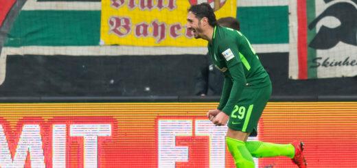 Werders Ishak Belfodil jubelt nach seinem Treffer.