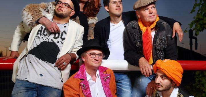"""Der Auftritt der Zollhausboys gehört zum Programm der Ausstellung """"Outsider, Insider, Grenzgänger"""". Foto: Uwe Joestingmeier"""