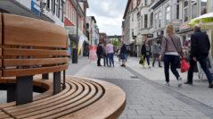 27 Bänke und Sitzlandschaften sind neu in der Innenstadt. Foto: Konczak