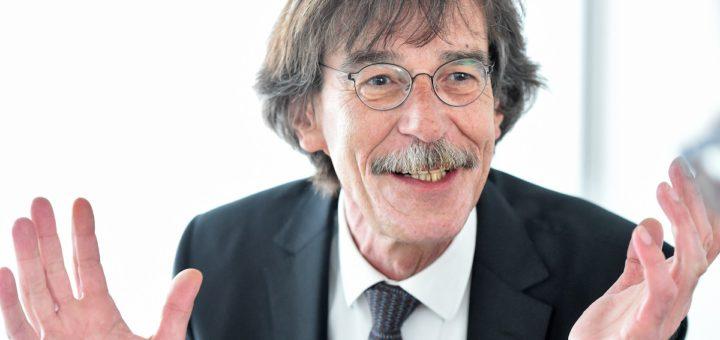 Der gebürtige Bremer Stadtplaner Jörn Walter (60) schlägt einen Mietausgleich zwischen Besitzern von City-Gebäuden vor, damit inhabergeführte Läden eine Chance haben.Foto: Schlie