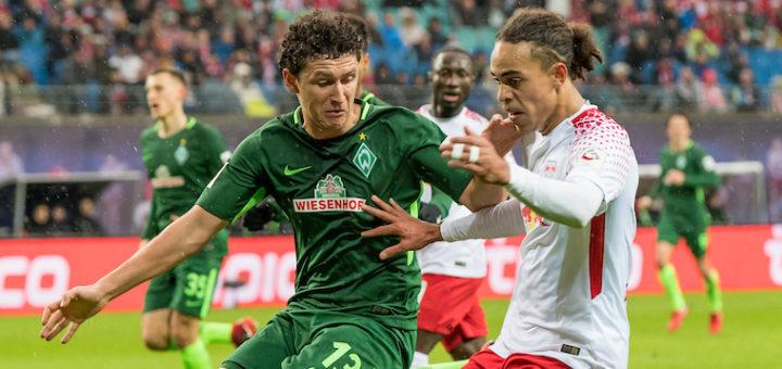 Werders Veljkovic (links) gegen Leipzigs Poulsen Foto: Nordphoto