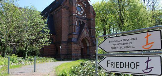 Die evangelisch-reformierte Kirchengemeinde Blumenthal ist eine von sechs Gemeinden im Stadtteil. Sie alle müssen sich für die Zukunft aufstellen und ihren Gebäudebestand reduzieren. Foto: Harm
