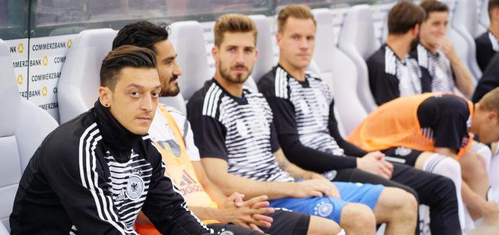 Momentan höchst umstritten: Werders Ex-Spieler Mesut Özil Foto: Nordphoto