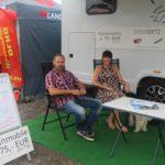 """""""Grenzenlose Freiheit und Flexibilät"""" können die Messebesucher am Stand der Wohnmobilvermietung Dietz auf dem Freigelände genießen. Foto: de Haan"""