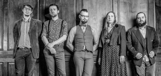 The Longest Johns aus Bristol sind auch dabei: Die a capella-Gruppe ist aus der gemeinsamen Liebe zu traditionellen Folk Songs und Shanties zusammen gekommen. Foto: pv