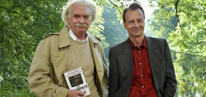 Axel Petermann (l.) und Claus Cornelius Fischer schreiben bereits am nächsten Buch. Foto: Schlie