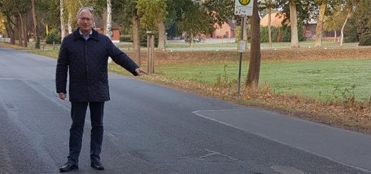 Der CDU-Landtagsabgeordnete Axel Miesner setzt sich für einen Neubau der Lüninghauser Straße ein und beklagt, dass dafür bereitgestellte Zuschüsse nicht abgerufen wurden. Foto: red
