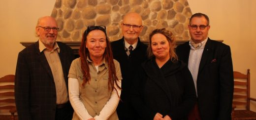 Die Organisatoren haben beim Burgfrieden an Klein und Groß gedacht: Klaus Peters, Carola Sonnwald, Walter Reyers, Wiebke Schwind und Oliver Berger (von links). Foto: Harm