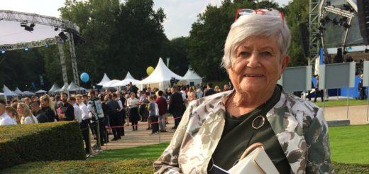 Fernande Kuhlmann-Kirchmeyer beim Bürgerfest im Schlossgarten. Foto: pv