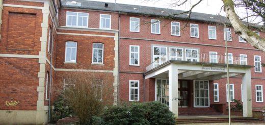 Frauenklinik, Sitz des Bauamts Bremen-Nord und Unterkunft für geflüchtete Menschen – das Hartmannstift hatte schon viele Bestimmungen. Archivfoto: WR
