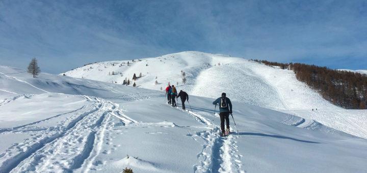 Schneeschuhwandern am Villacher Hausberg.Foto: Arlt
