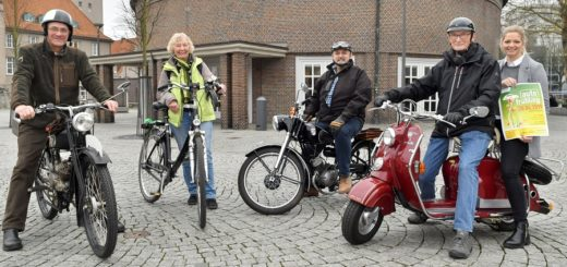 Die Oldtimer-Freunde Hunte-Weser-Region veranstalten während des Autofrühlings ein Treffen für Liebhaber von historischen Zweirädern an der Bahnhofstraße. In der Markthalle soll sich alles um Fahrräder drehen. Foto: Konczak