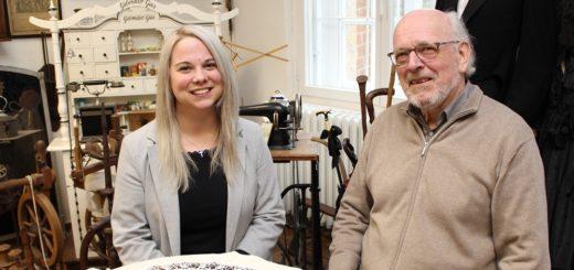 Wiebke Schwind und Klaus Peters wollen der Burg Blomendal mit einer Vortragsreihe von Wissenschaftlern für Wissenschaftler mehr Bekanntheit verleihen. Foto: Harm