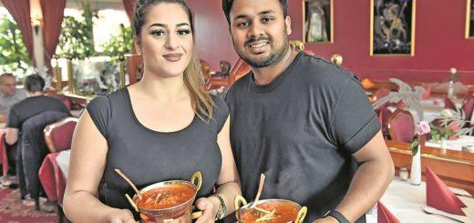 Miranda und Brian servieren im Badshah. Foto: Schlie