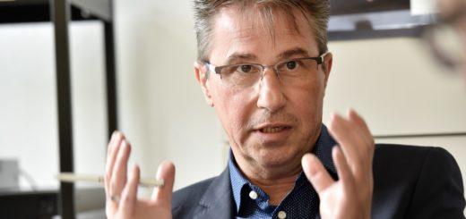 Berater Günther Bolczyk von der Arbeitsagentur Bremen-Bremerhaven