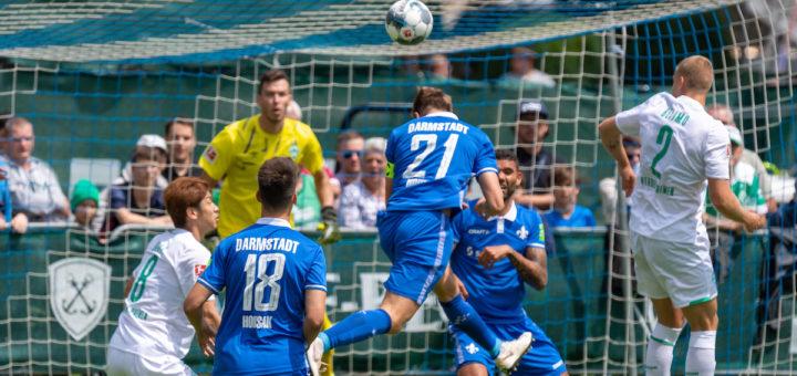 Werder-Keeper Jiri Pavlenka wurde gleich mehrfach gefordert Foto: Nordphoto