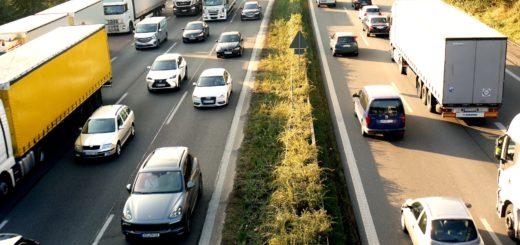 Auf meisten Autobahnen ist mit Stau zu rechnen. Foto: pixabay.com