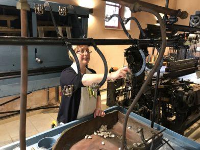"""Im Museum """"The Art of Silk"""" in Soufli dreht sich alles um die Herstellung des edlen Stoffs."""