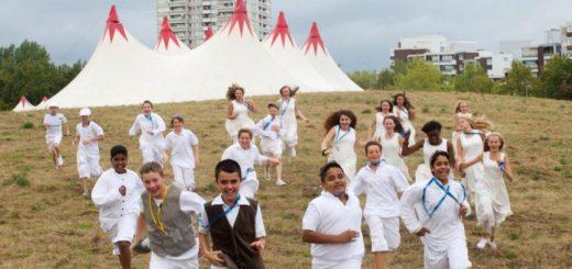 Mehr als 80 Nationen leben im Herzen von Osterholz-Tenever. Mehr als 60 Prozent der an der Stadtteil-Oper teilnehmenden Schüler, kommen aus Familien mit Migrationshintergrund. Foto: J. Sarbach