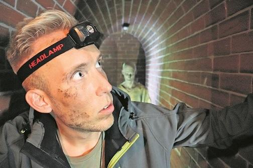 Horror-Attraktionen mit Live-Erschreckern: Im Heide Park wird Halloween groß gefeiert. Foto: Heide Park Resort
