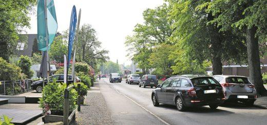 Eine ganz typische Situation in der Mühlenfeldstraße – Rücksicht nehmen ist angesagt und daher soll hier künftig maximal 30 Stundenkilometer gefahren werden.Foto: Bornkeßel