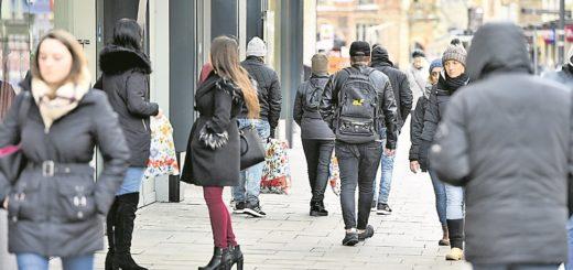 Bremer Einzelhändler sind sich sicher: Trotz Onlineboom kommen die Menschen weiterhin in die Einkaufszentren und die Innenstadt, weil sie auch Erlebnisse bieten.Foto: av