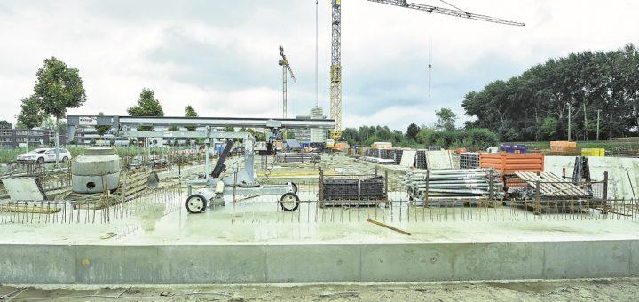Im Technologiepark sollen künftig Forscher, Entwickler und Produzenten des belgischen Unternehmens Materialise unter einem Dach arbeiten. Der Firmengründer kennt sich in Bremen bestens aus.Foto: Schlie