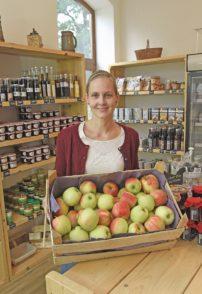Im Hofladen bietet Heike Klatte ihre eigenen, aber auch andere Produkte aus der Region an.