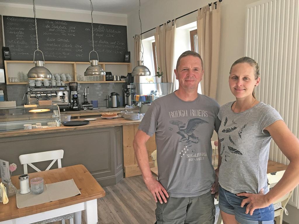 Christian Klatte hilft seiner Frau, ist für das Hofcafé verantwortlich.