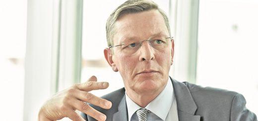 Seit Juli ist Frank Imhoff Präsident der Bürgerschaft. Ihr gehört er seit 1999 an, sechs Jahre zuvor, 1993, trat er in die CDU ein. Die Debatte im Parlament, sagt er, habe sich verändert.Foto: Schlie