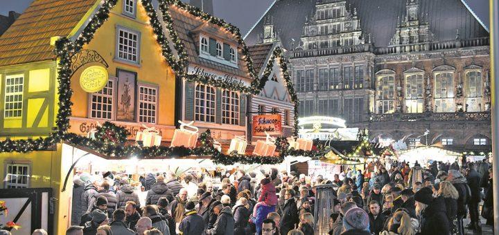 Der Bremer Weihnachtsmarkt ist ein Publikumsmagnet. Aber auch seine kleinen Brüder in den Stadtteilen und im Umland werden immer wieder gerne besucht.Foto: Archiv