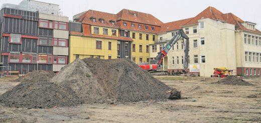 Die Bauarbeiten für das Bettenhaus des Krankenhauses Verden haben begonnen