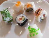 Das Sushi-Büffet ist ansprechend groß. Foto: Meister