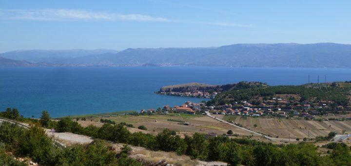 Strände, Seen, malerische Strädte, gutes Essen und viel Sonne. Albanien bietet das ganze touristische Programm. Foto: Kaloglou