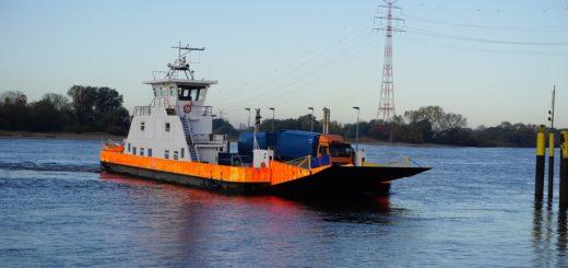 An drei Fährstellen zwischen Bremer Norden und Wesermarsch verkehren die Fähren Bremen-Stedingen.Foto: Harm