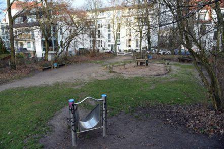 Es soll einen Sitzbereich mit Tischtennisplatte und andere Sitzmöglichkeiten geben. Foto: Schlie