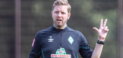 Nach drei Punkten in Wolfsburg, sollen nun drei weitere gegen den SC Paderborn her für Werder und Trainer Florian Kohfeldt. Foto: Nordphoto