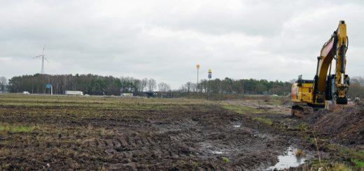 Amazon Gelände Anfang Bauarbeiten