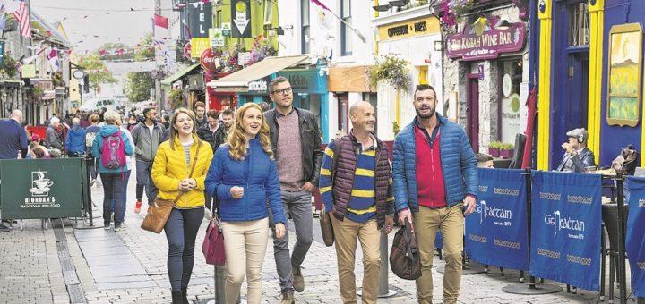 Bunte Häuschen, urige Pubs – das Zentrum von Galway lädt zum Schlendern ein.Foto: Fennell Photography/Failte Ireland