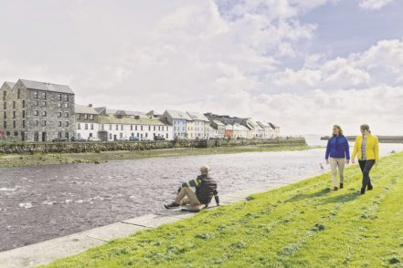 Die 80.000-Einwohner-Stadt liegt an der Flussmündung des River Corrib. Foto: Fennell Photography/Failte Ireland