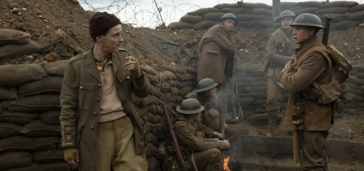 Lieutenant Leslie (Andrew Scott, left), Schofield (George MacKay, right), Blake (Dean-Charles Chapman, second from the right) with fellow soldiers in 1917, the new epic from Oscar®-winning filmmaker Sam Mendes.