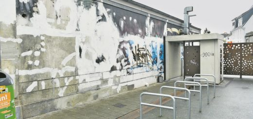 Das geht schöner: Künstler sollen die Wände am Eingang zur Bordellstraße im Viertel aufhübschen. Foto: Schlie