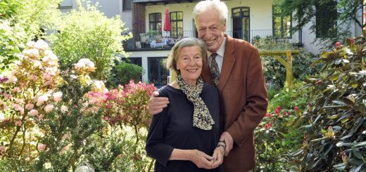 Luise und Henning Scherf sind seit 60 Jahren verheiratet. Bremens Altbürgermeister spricht am Donnerstag, 5. März, ab 19.30 Uhr, auf Einladung des Lions Fördervereins im Saal der Volksbank über die älter werdende Gesellschaft.