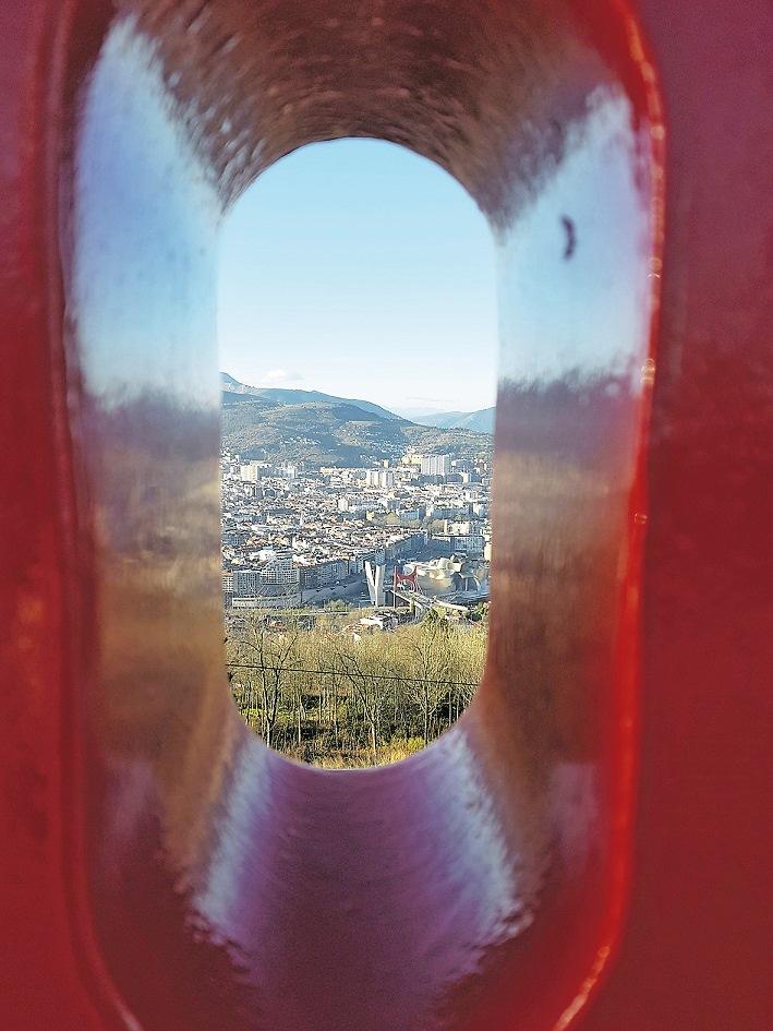 Blick auf die Stadt vom Mount Artxanda.