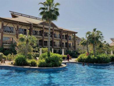 Eine grüne Oase - das Lapita Resort ist direkt an den Parks gelegen.