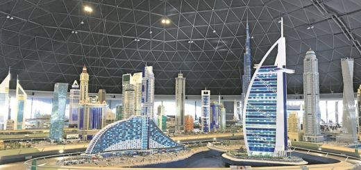 Dubais Skyline mit Lego-Steinchen nachgebaut.Fotos: Kaloglou