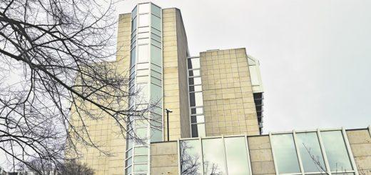 Das Hochhaus des bestehenden Gebäudekomplexes soll durch ein Wohnhaus in gleicher Höhe ersetzt werden. Foto: Schlie