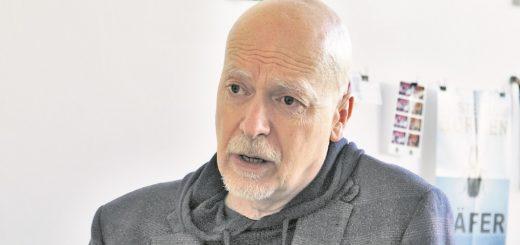 Für Radio Bremen arbeitet Helge Haas schon seit Januar 2007, jetzt leitet er die Hörfunkwelle Bremen Vier. An der Universität Dortmund studierte er Journalistik.Foto: Holz