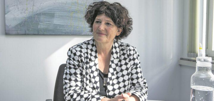 Die gebürtige Stuttgarterin Bettina Wilhelm ist seit November 2017 Frauenbeauftragte in Bremen¬. Zum Weltfrauentag heute sagt sie, wo noch mehr getan werden muss. Foto: Meister